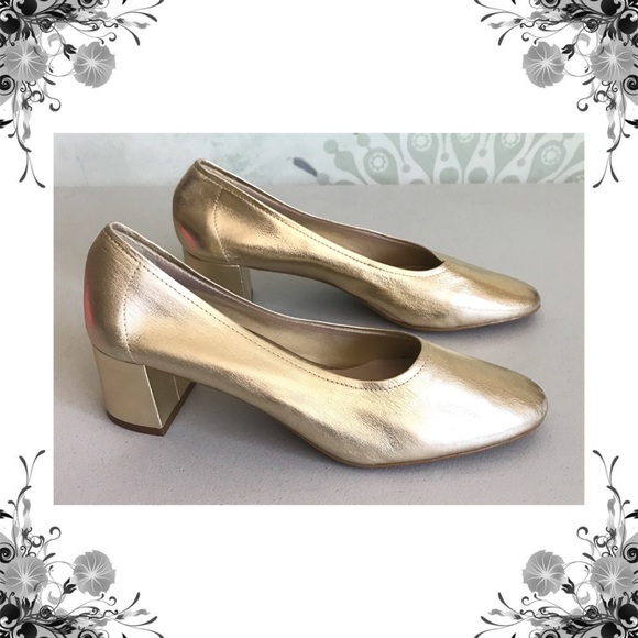 c192b743fc82 Topshop Shoes -  TopShop  Juno Gold Leather Block Heels Euro Sz 40